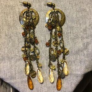 Jewelry - Pierced dangling earrings